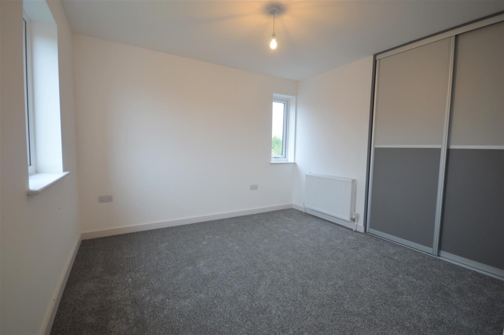 2 bed detached for sale in Leominster 8