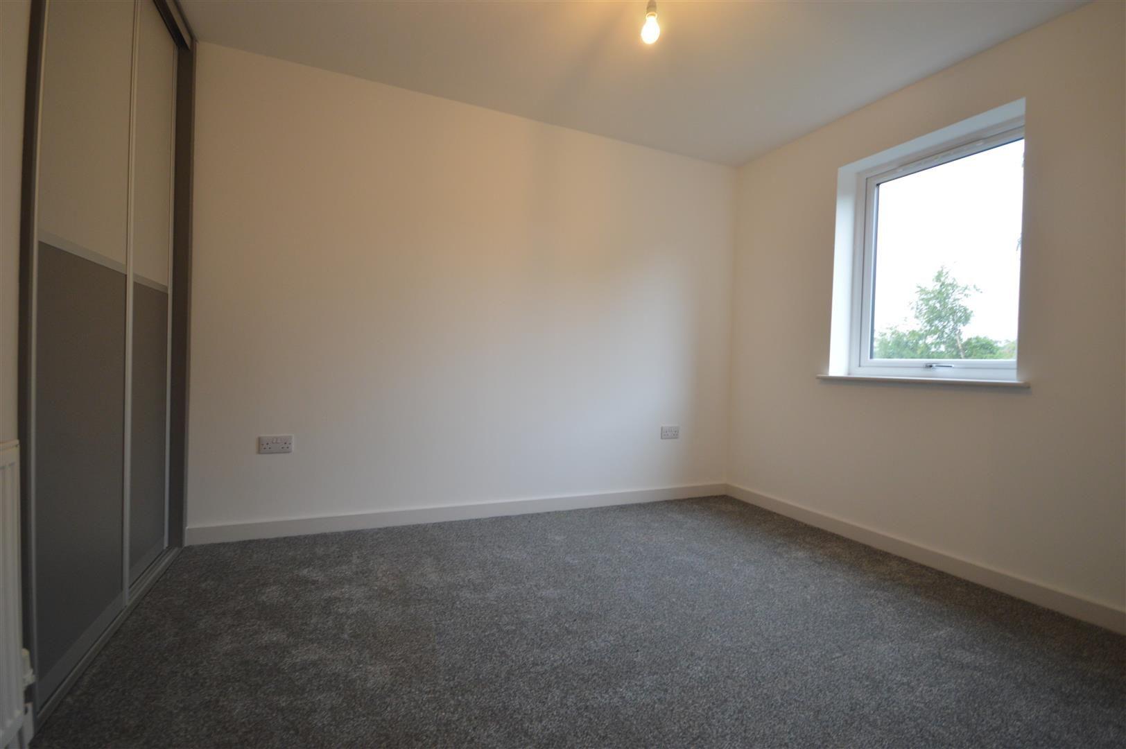 2 bed detached for sale in Leominster 9
