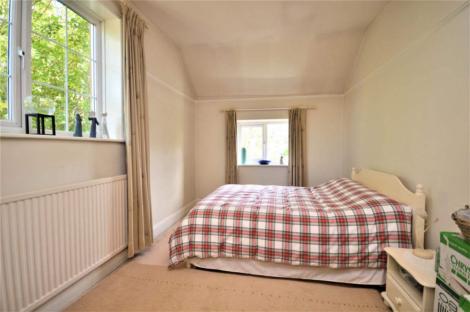 3 bed detached for sale in Burghill 13