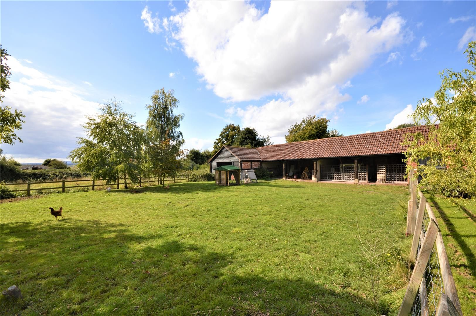 3 bed detached for sale in Burghill 17