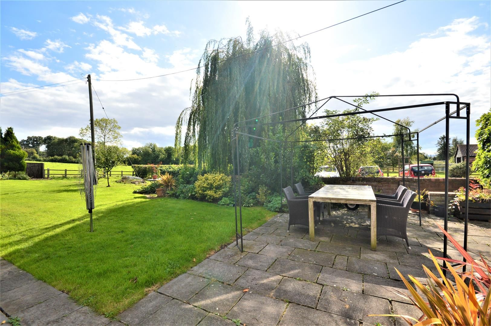 3 bed detached for sale in Burghill 19