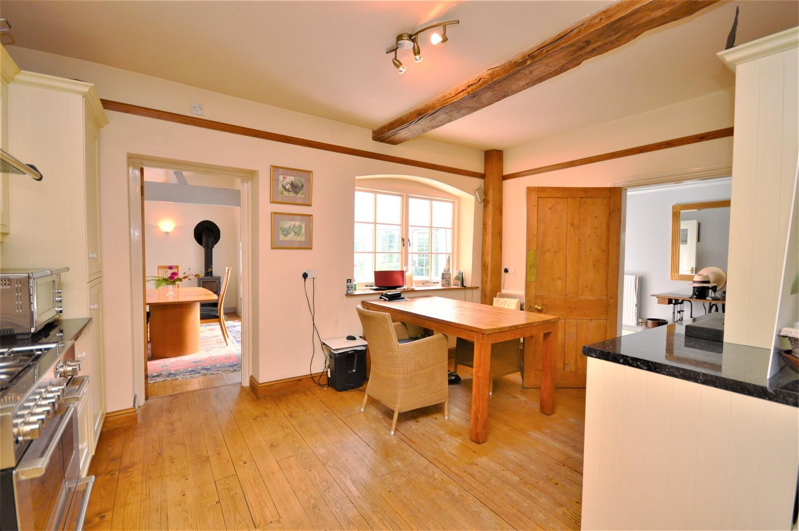 3 bed detached for sale in Burghill 9