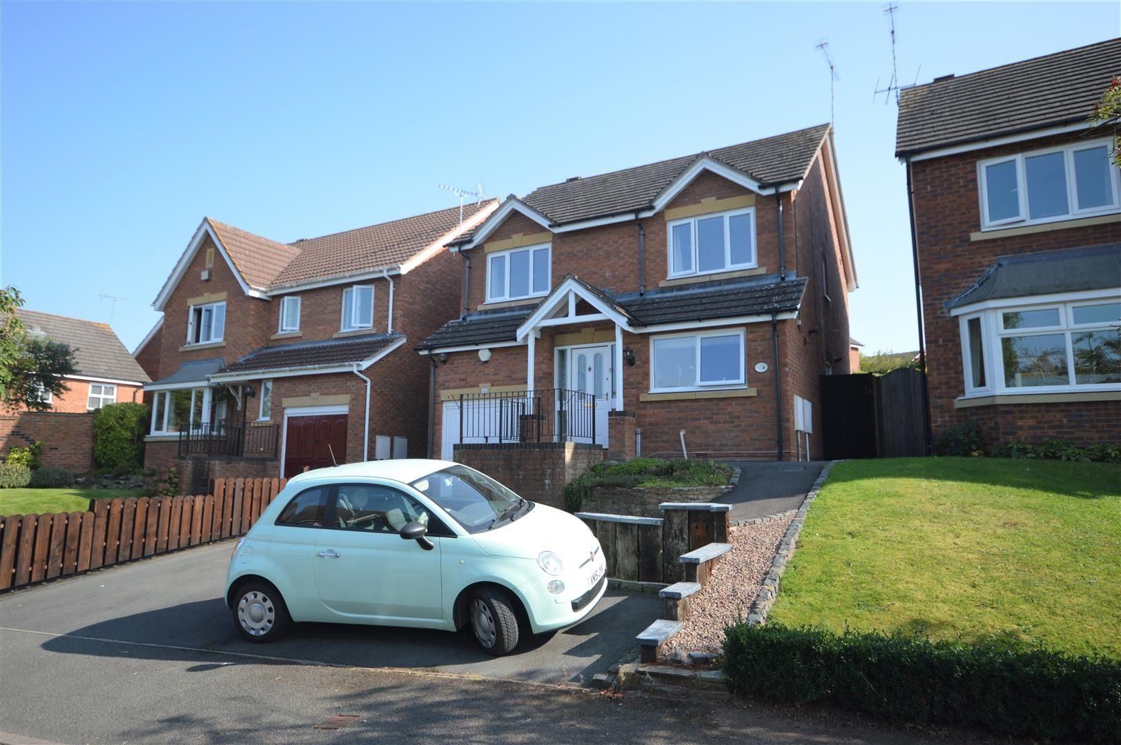 4 bed detached for sale in Leominster 1