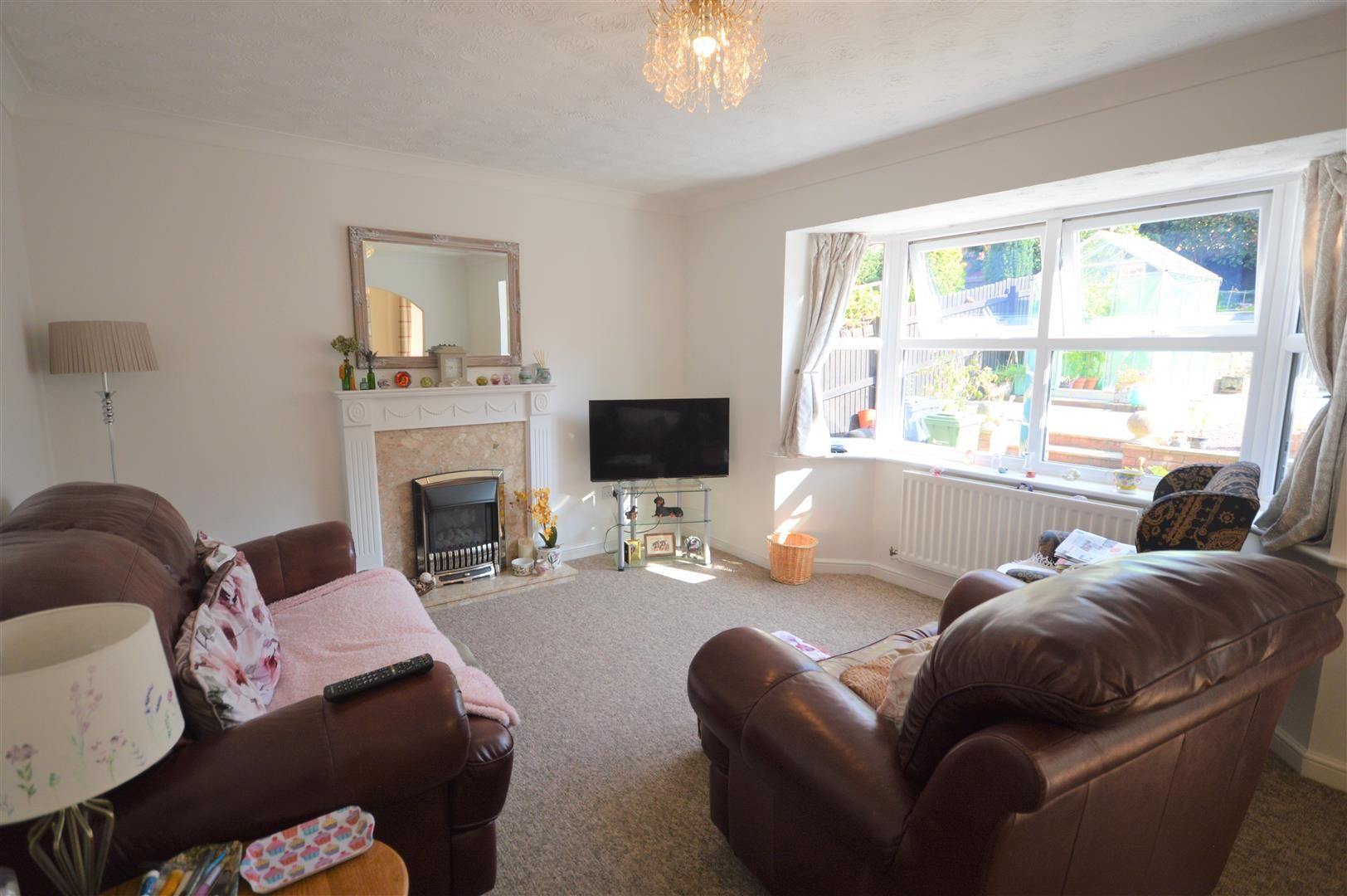 4 bed detached for sale in Leominster 2