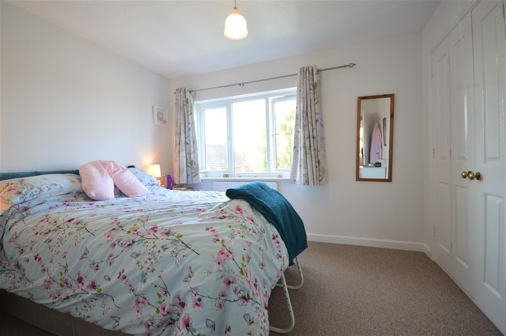 4 bed detached for sale in Leominster 6