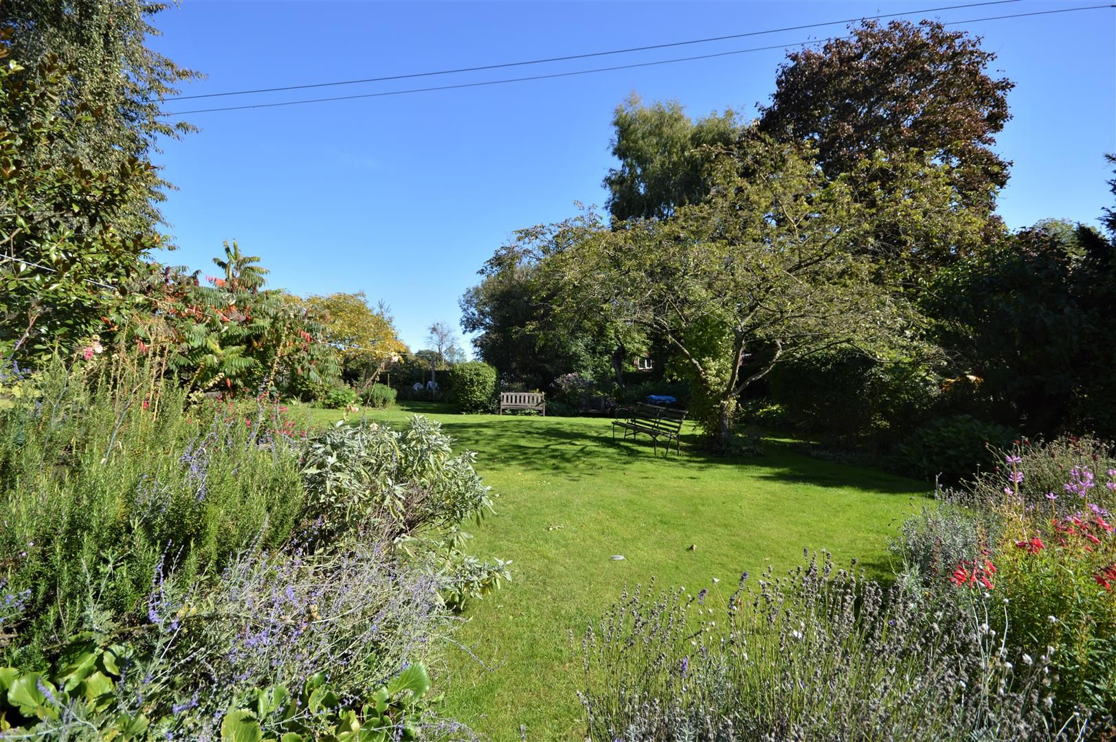 4 bed country house for sale in Stoke Prior 14