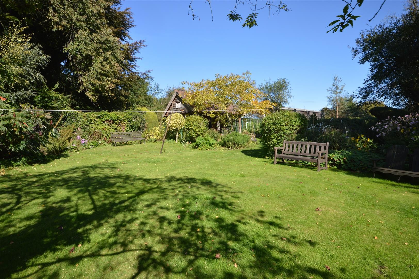 4 bed country house for sale in Stoke Prior 15