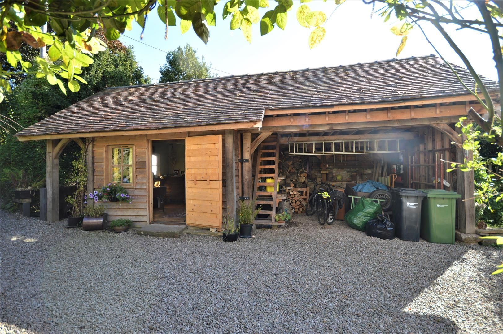 4 bed country house for sale in Stoke Prior 21