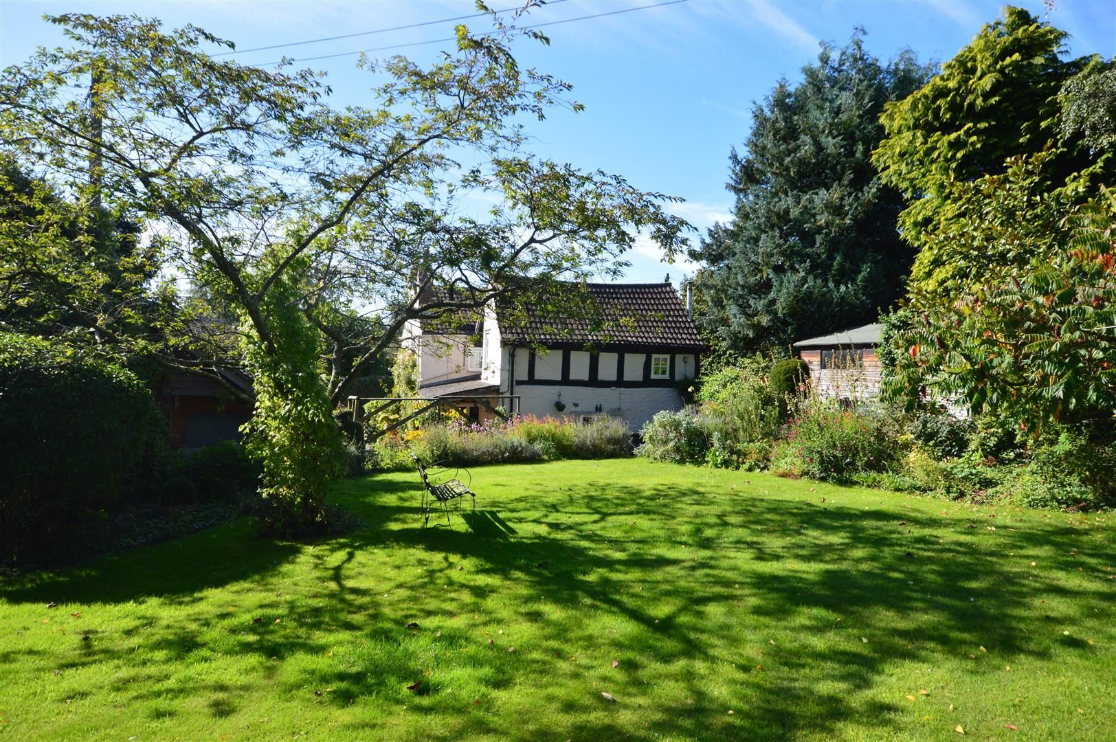 4 bed country house for sale in Stoke Prior 23