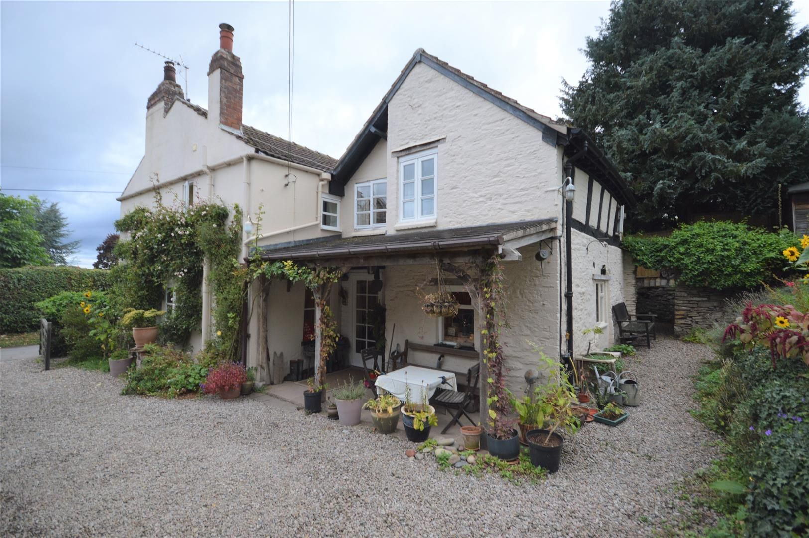 4 bed country house for sale in Stoke Prior 24