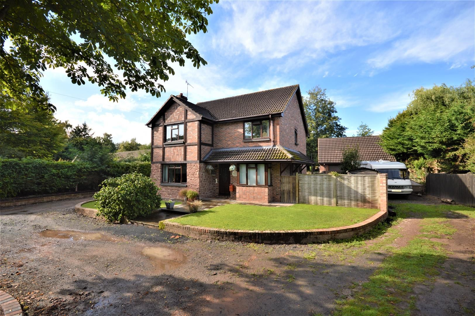 4 bed detached for sale in Hope-Under-Dinmore, HR6