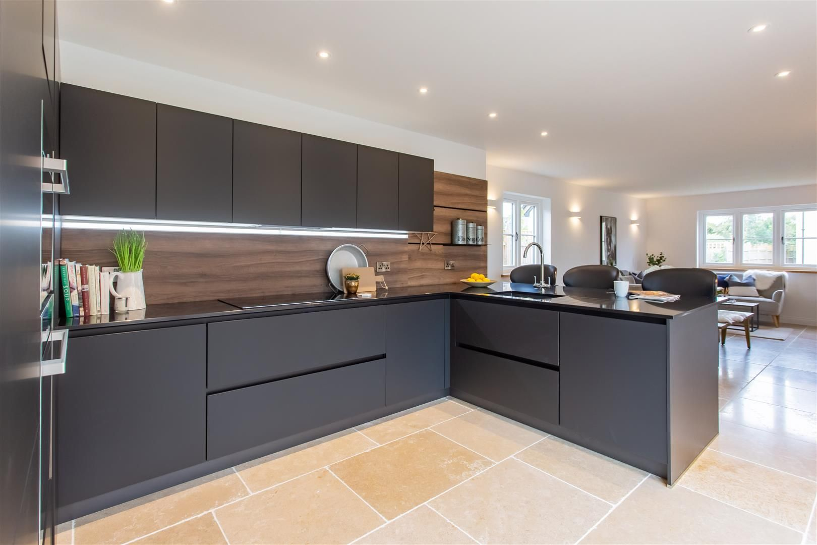 4 bed detached for sale in Marden 5