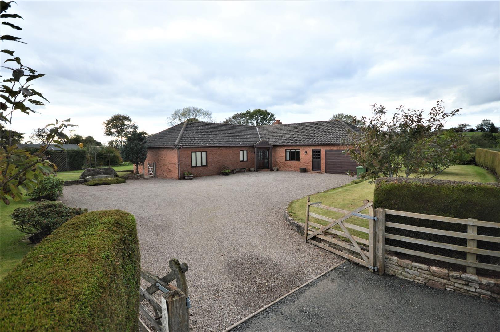 4 bed detached-bungalow for sale in Little Cowarne, HR7