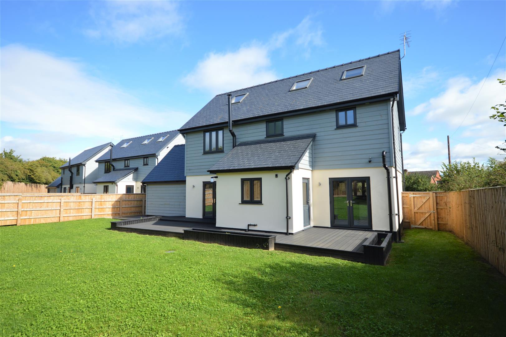 4 bed detached for sale in Brimfield 19