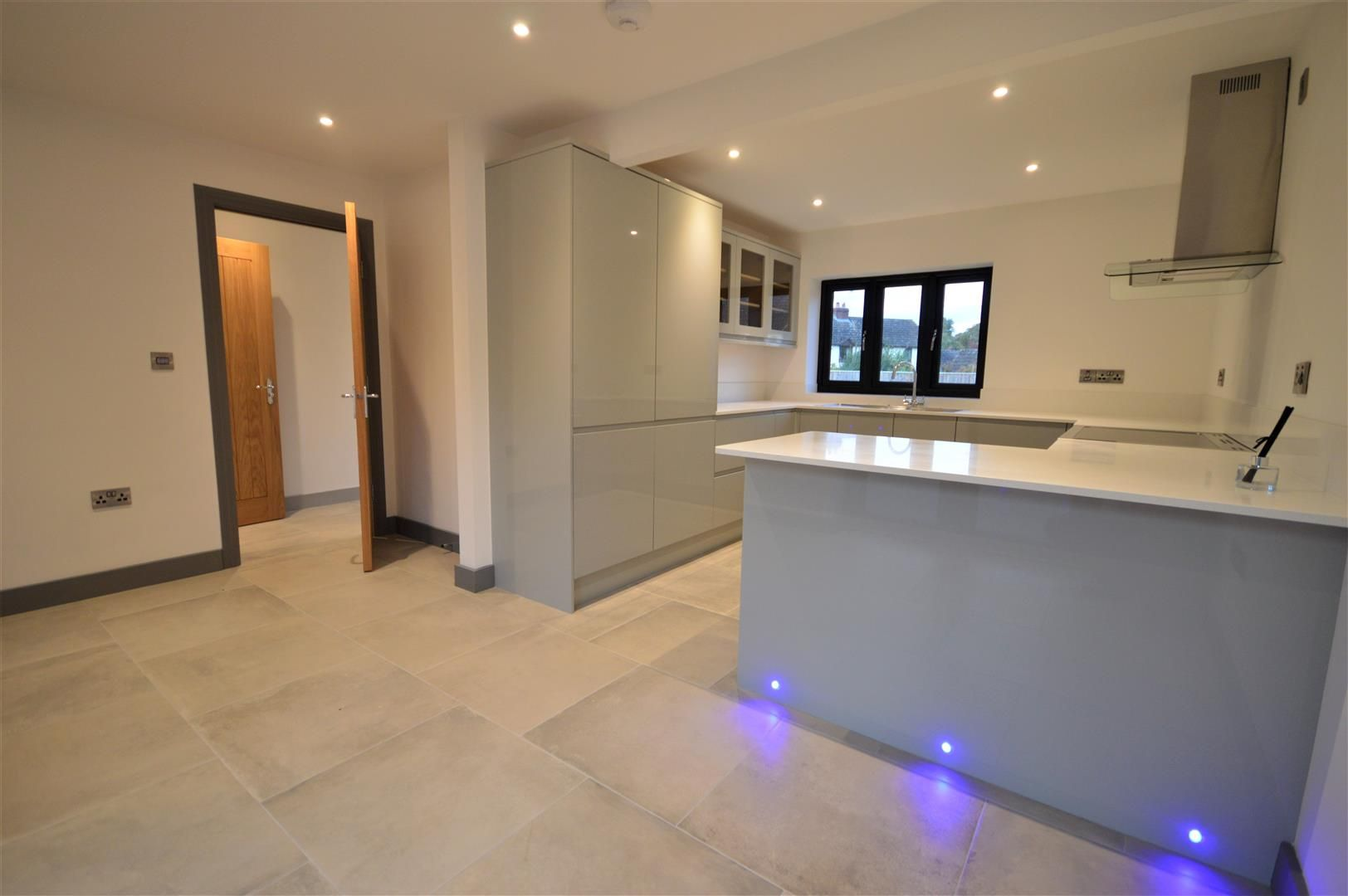 4 bed detached for sale in Brimfield 5