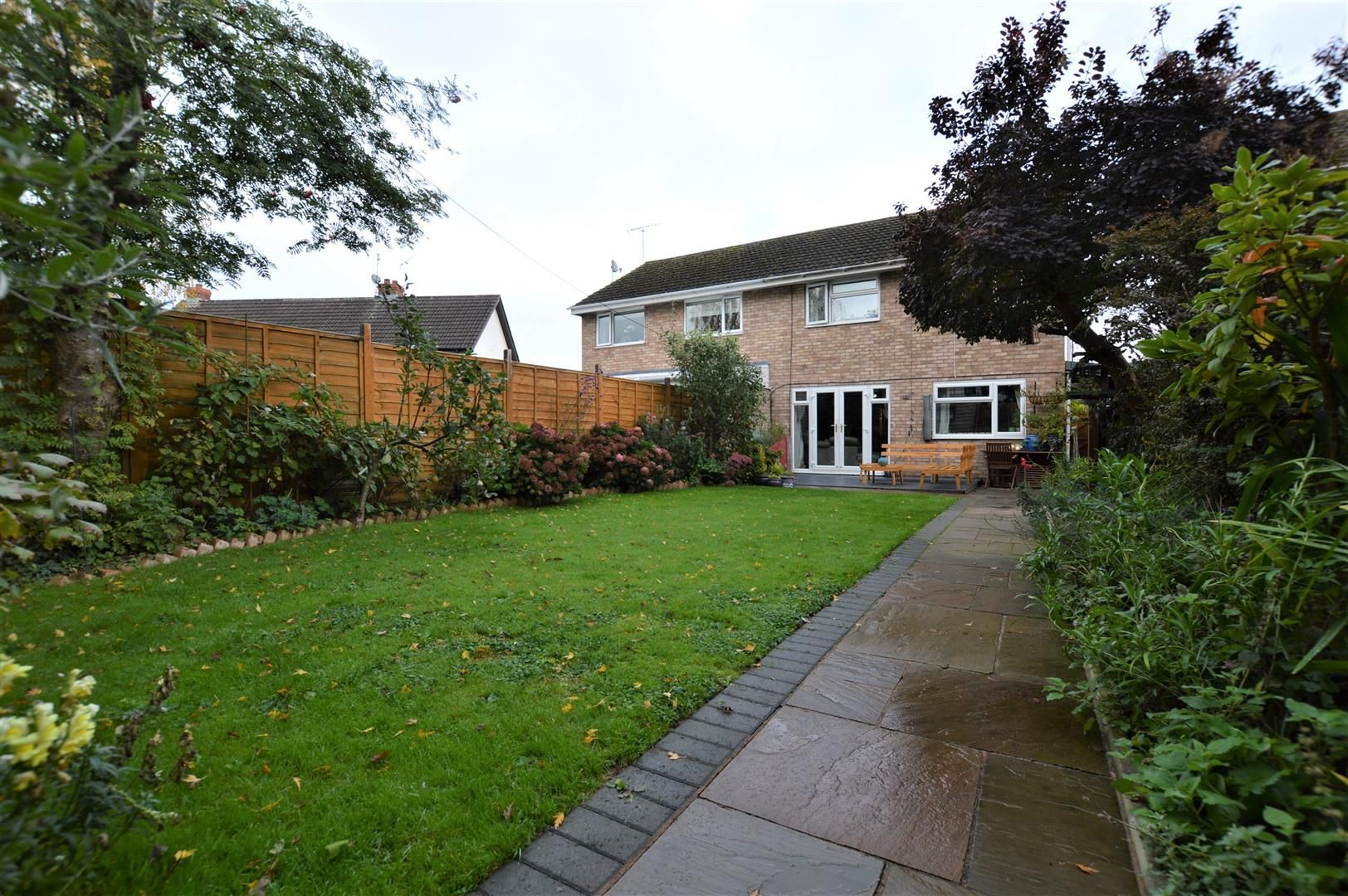 3 bed semi-detached for sale in Leominster  - Property Image 8