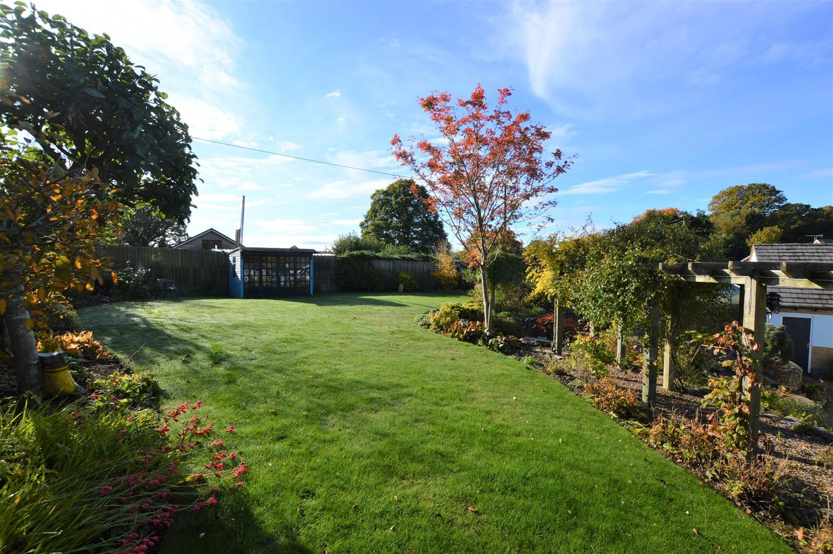 3 bed detached bungalow for sale in Norton 12
