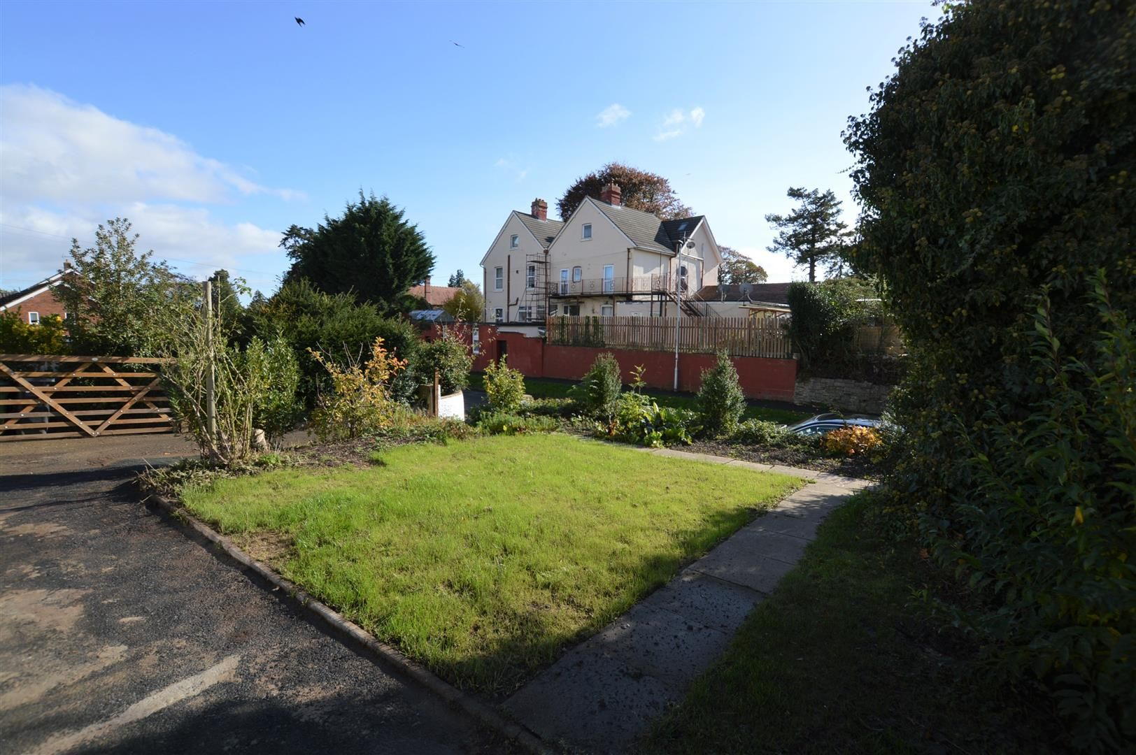 3 bed detached bungalow for sale 21