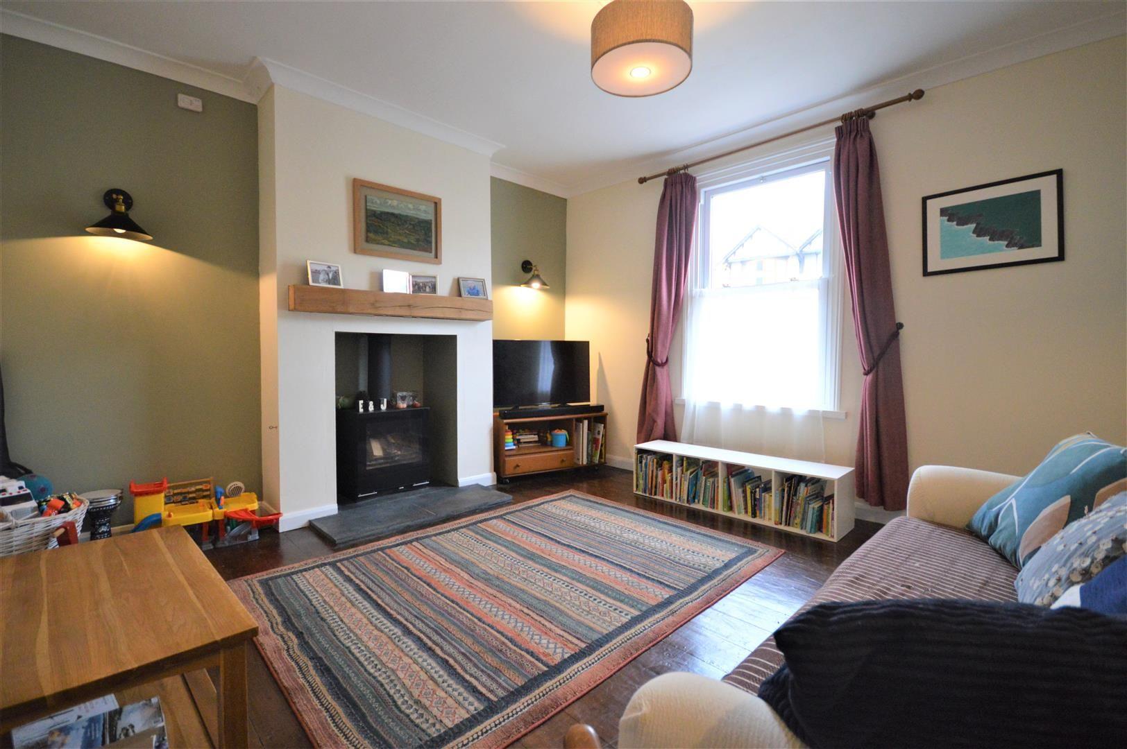 3 bed detached for sale in Leominster 3