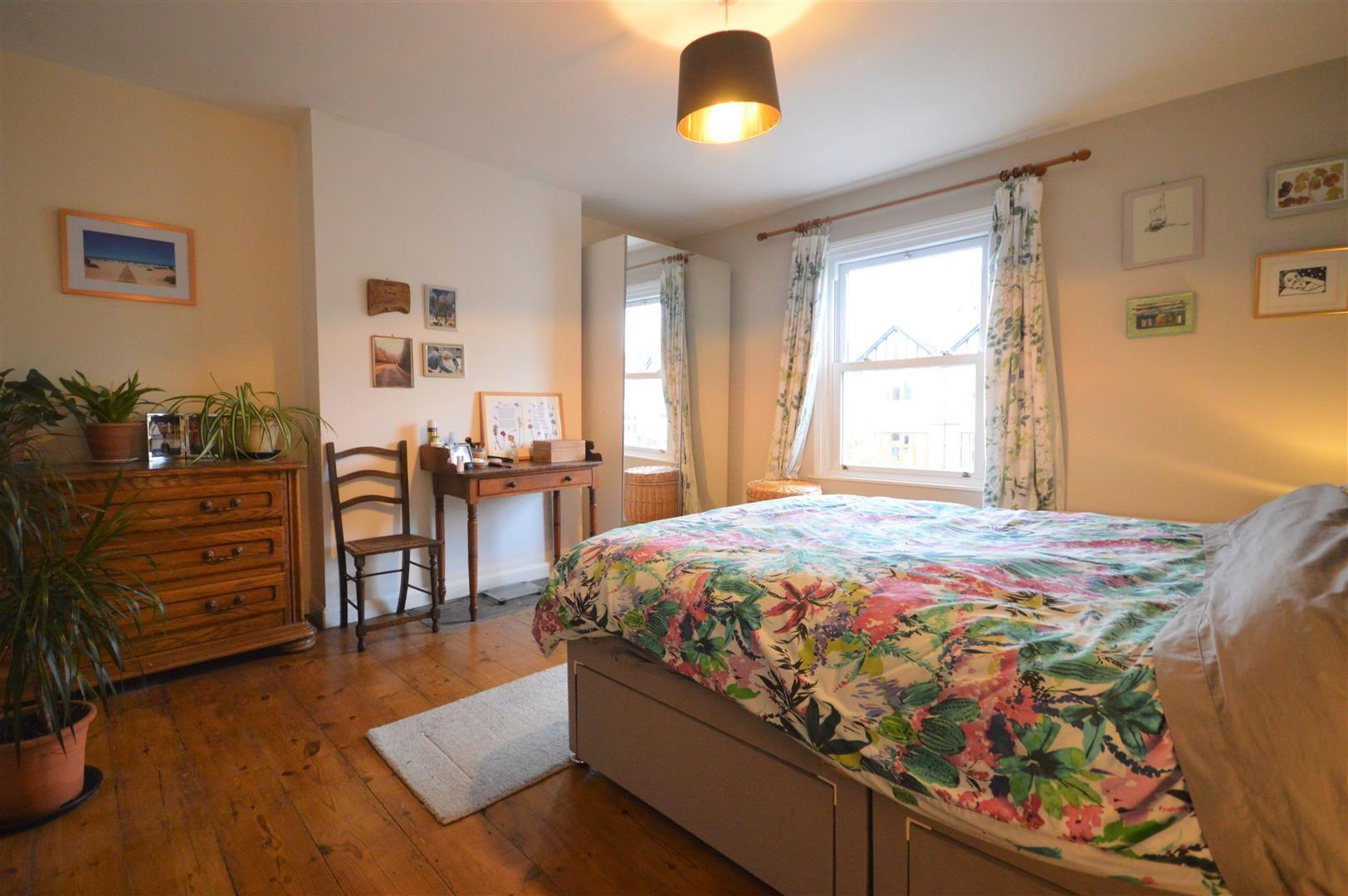 3 bed detached for sale in Leominster 8