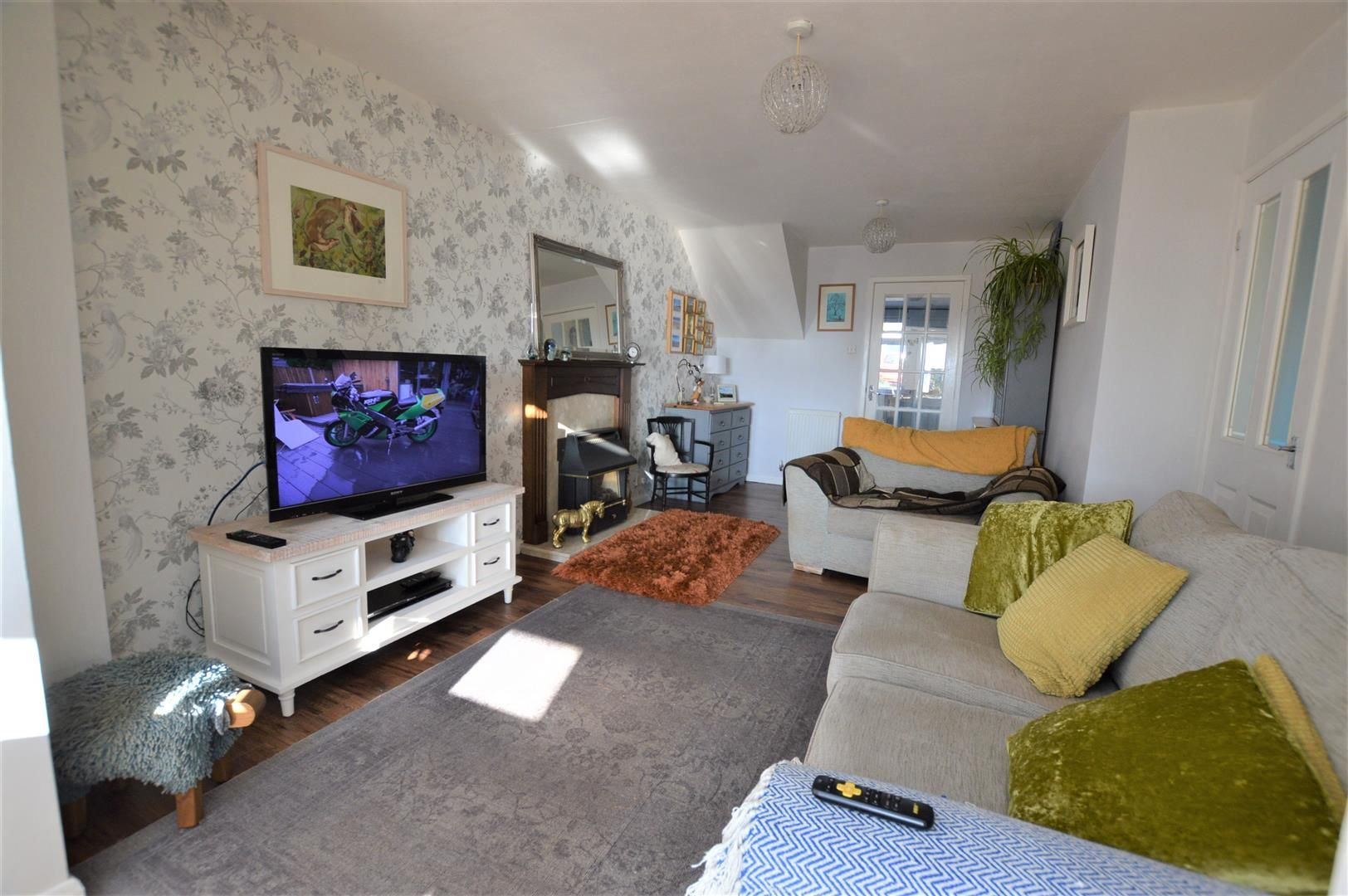 4 bed semi-detached for sale in Bromyard  - Property Image 2