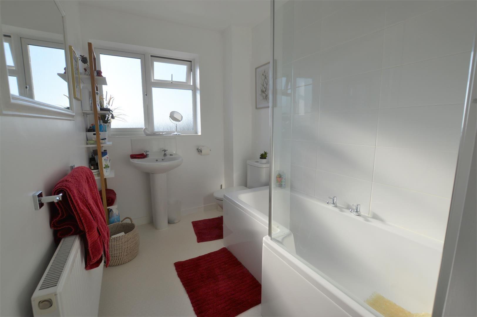 4 bed semi-detached for sale in Bromyard 8