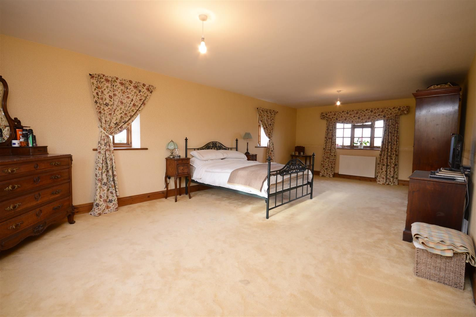 4 bed detached for sale in Upper Hill 10