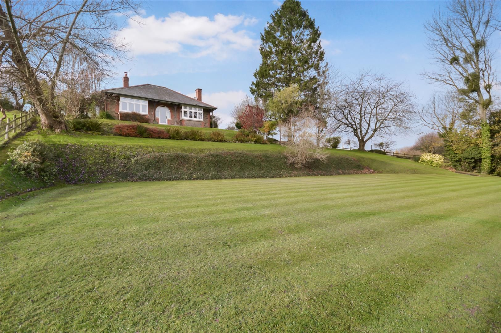 3 bed detached bungalow for sale in Abbeydore, HR2