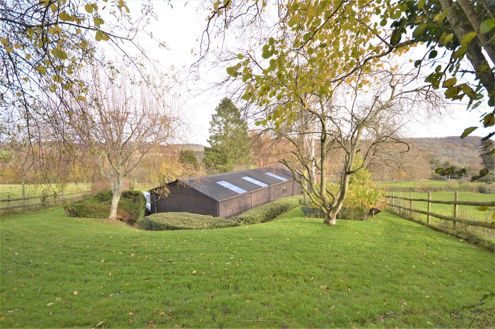 3 bed detached bungalow for sale in Abbeydore 26