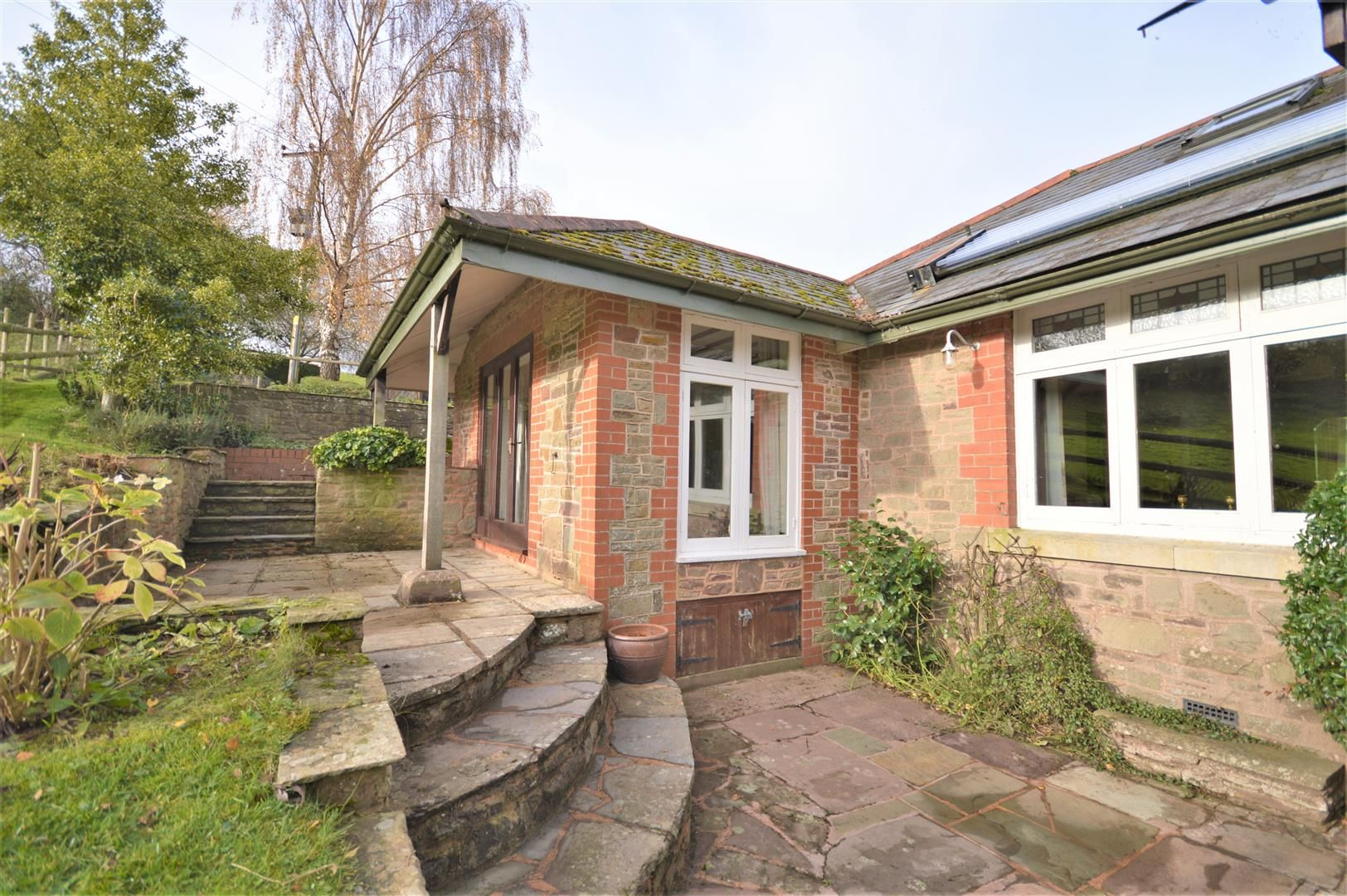 3 bed detached bungalow for sale in Abbeydore 27