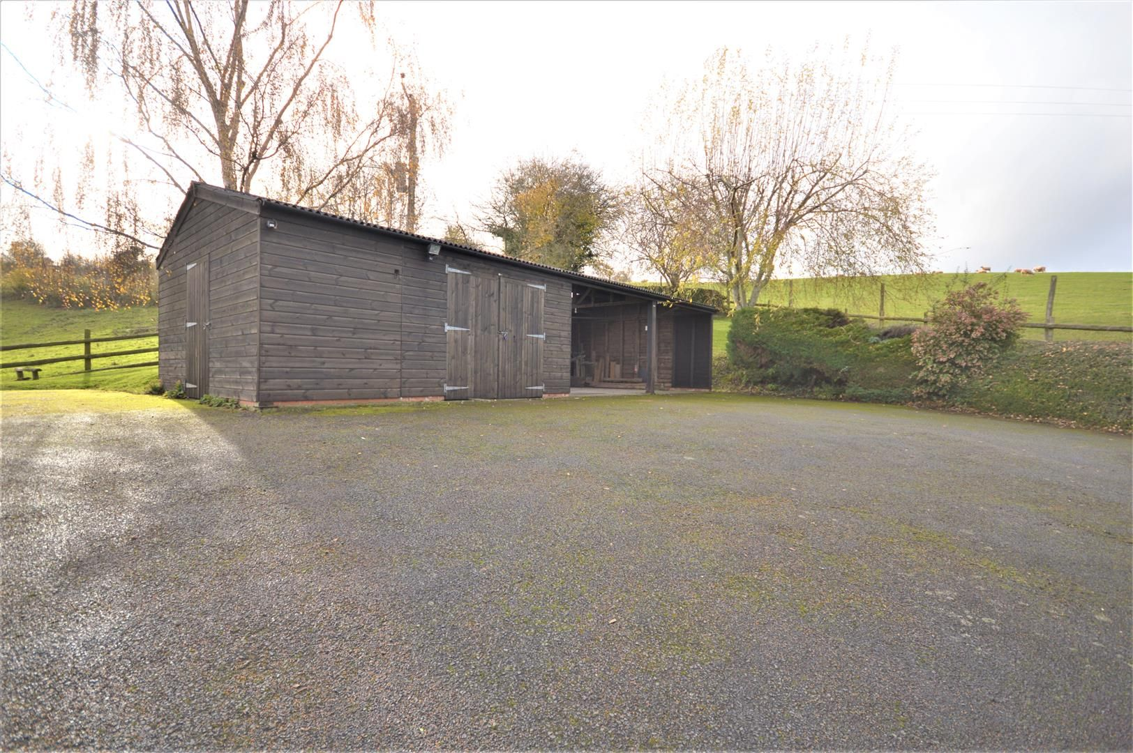 3 bed detached bungalow for sale in Abbeydore 28