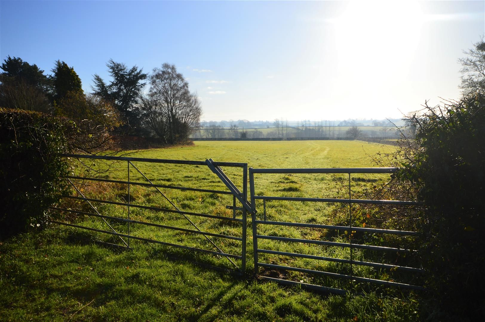 4 bed country house for sale in Hamnish 18