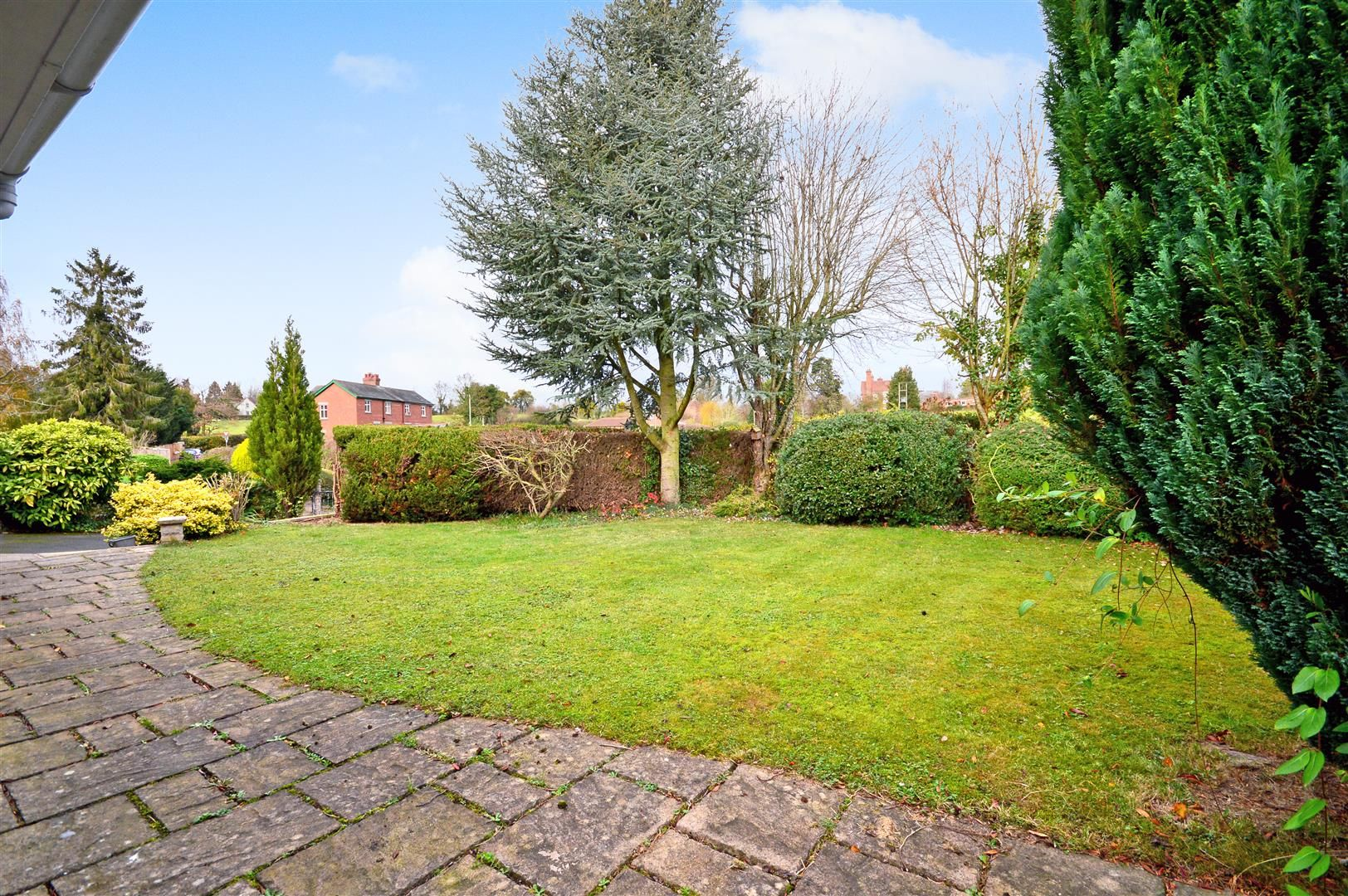 3 bed detached bungalow for sale in Burghill 2