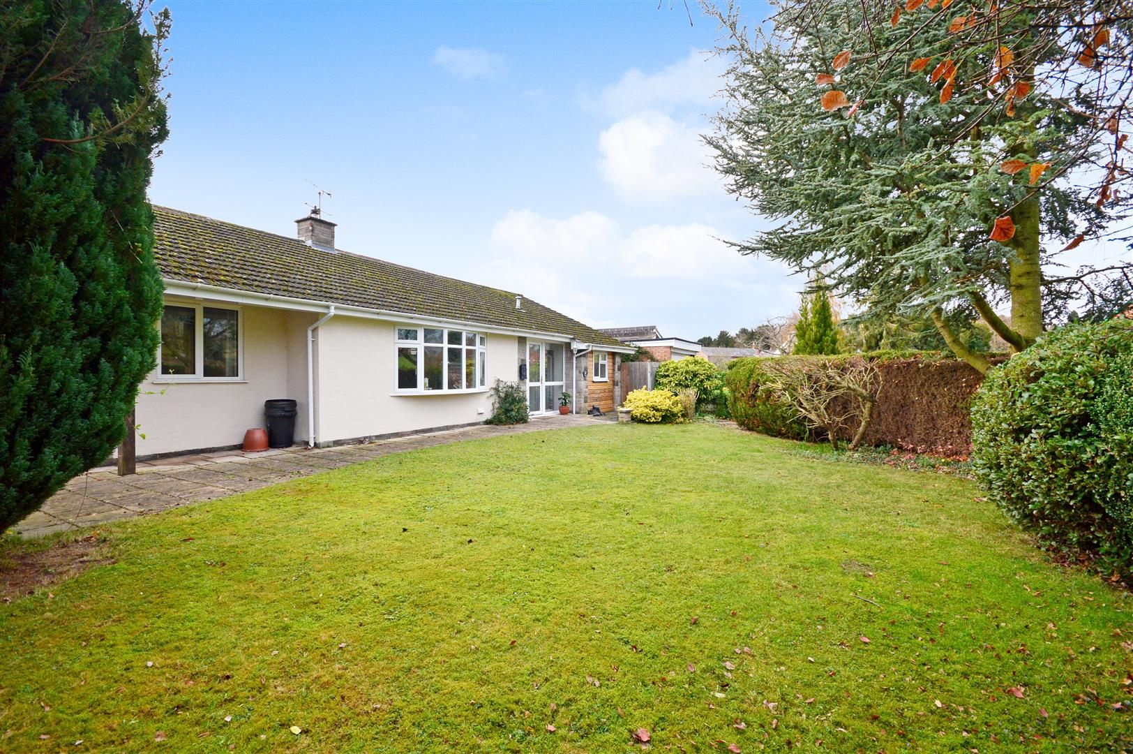 3 bed detached bungalow for sale in Burghill 13