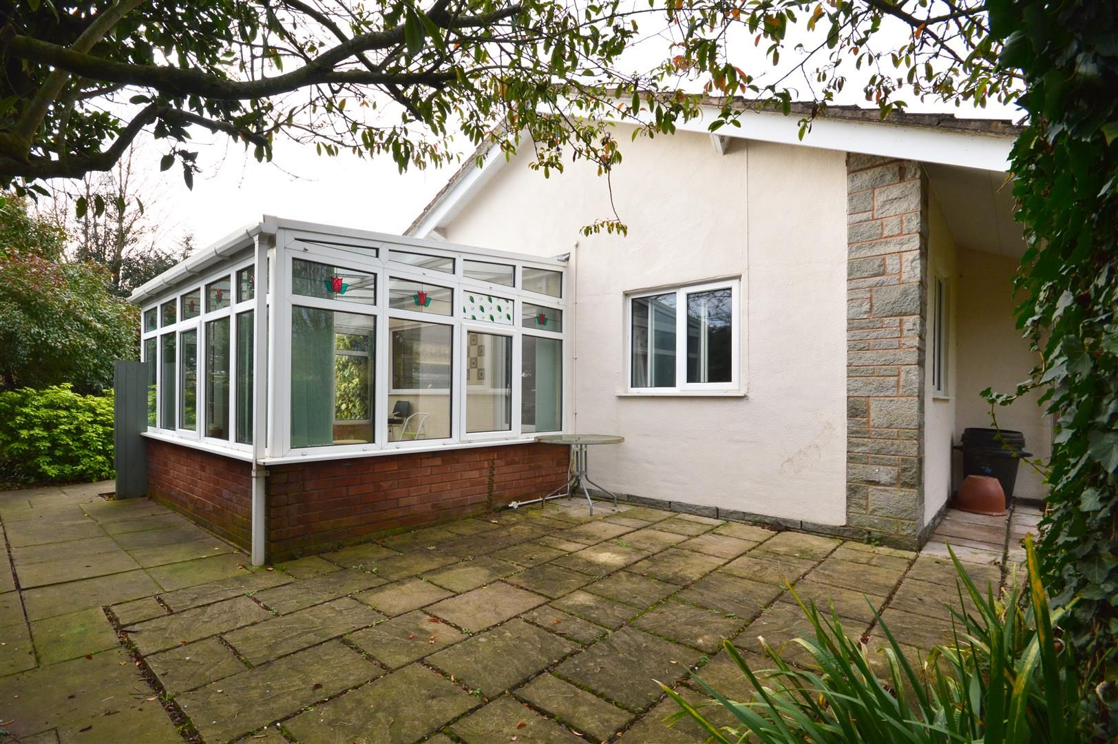 3 bed detached bungalow for sale in Burghill 14