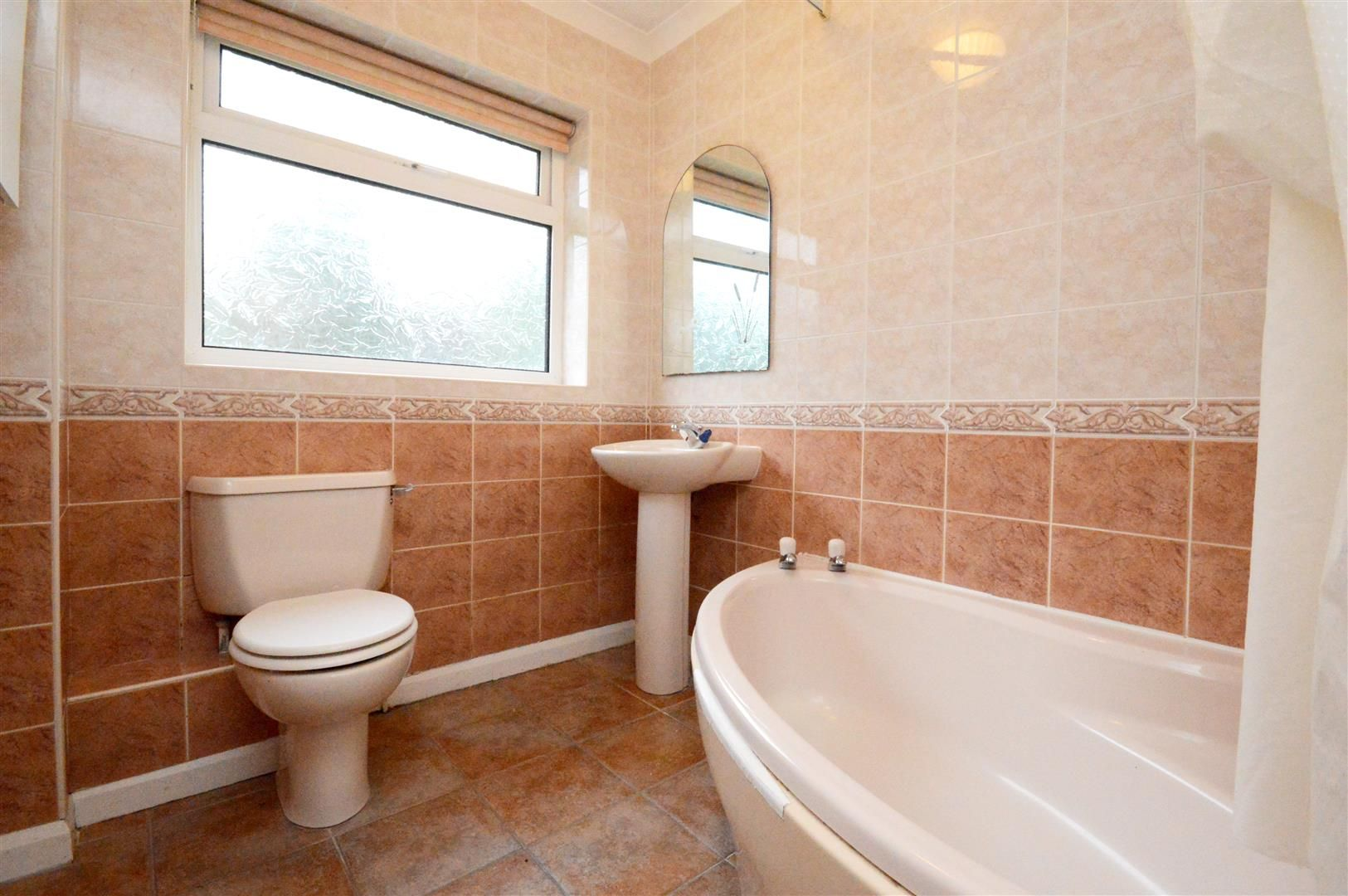 3 bed detached bungalow for sale in Burghill 7