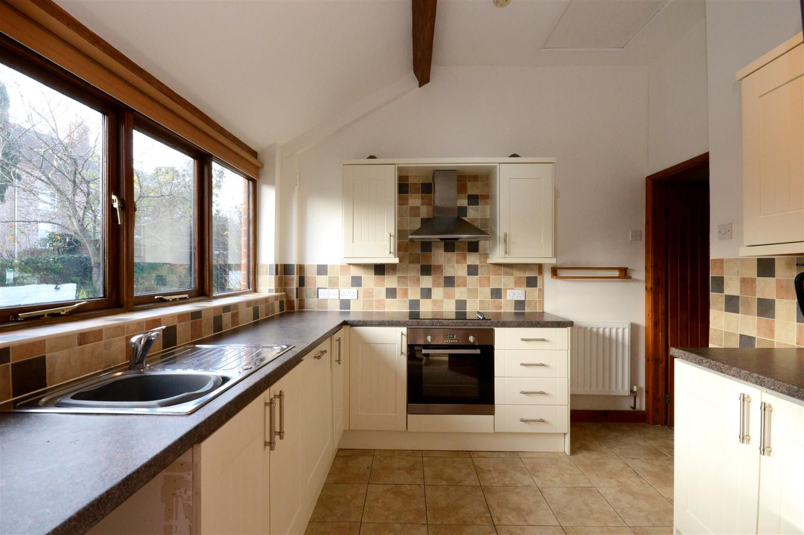 2 bed barn conversion for sale in Little Marcle  - Property Image 3