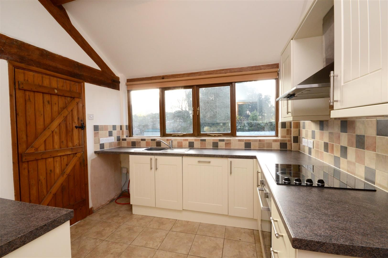2 bed barn conversion for sale in Little Marcle  - Property Image 4