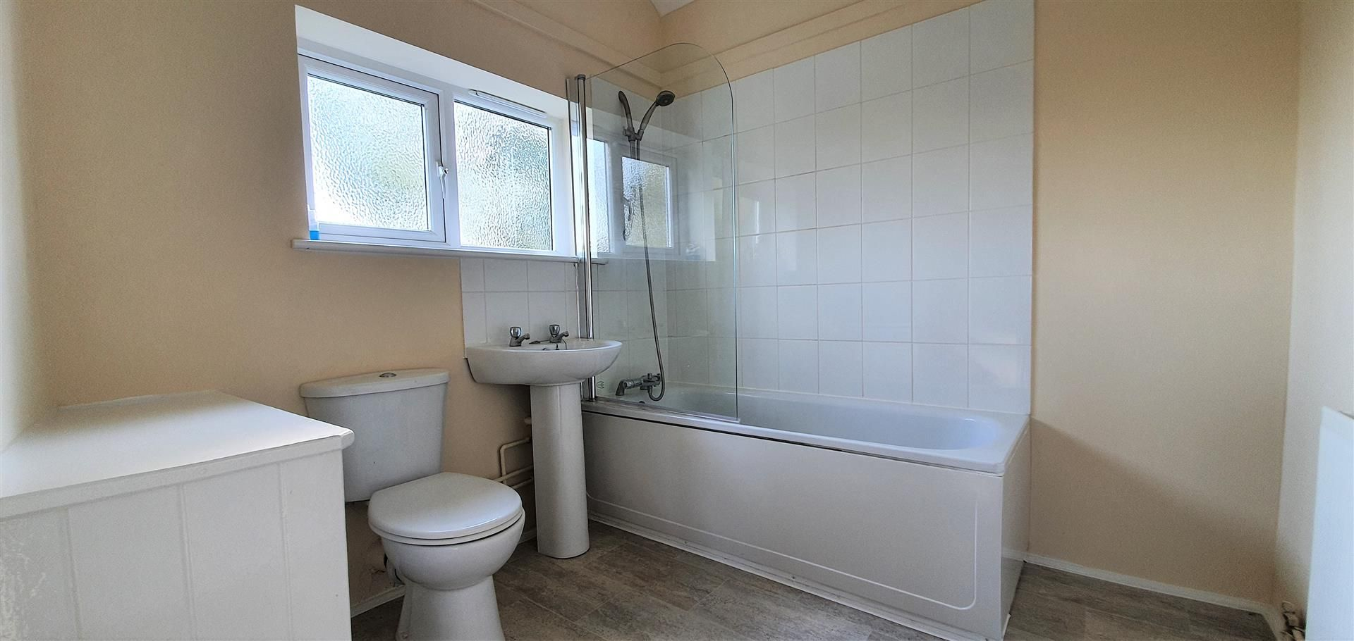 4 bed house to rent in Breinton 11