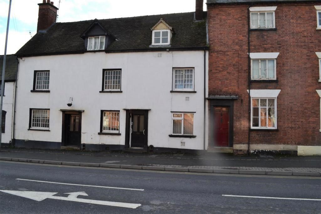 3 bed terraced for sale in Leominster 1