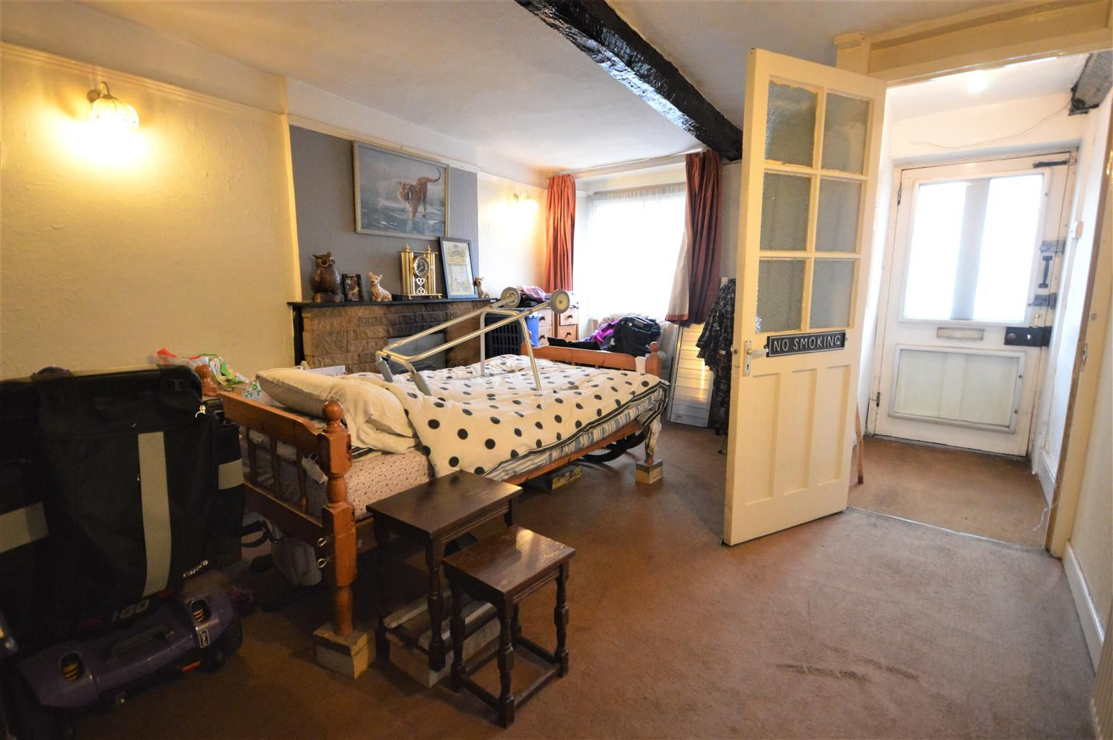 3 bed terraced for sale in Leominster 3