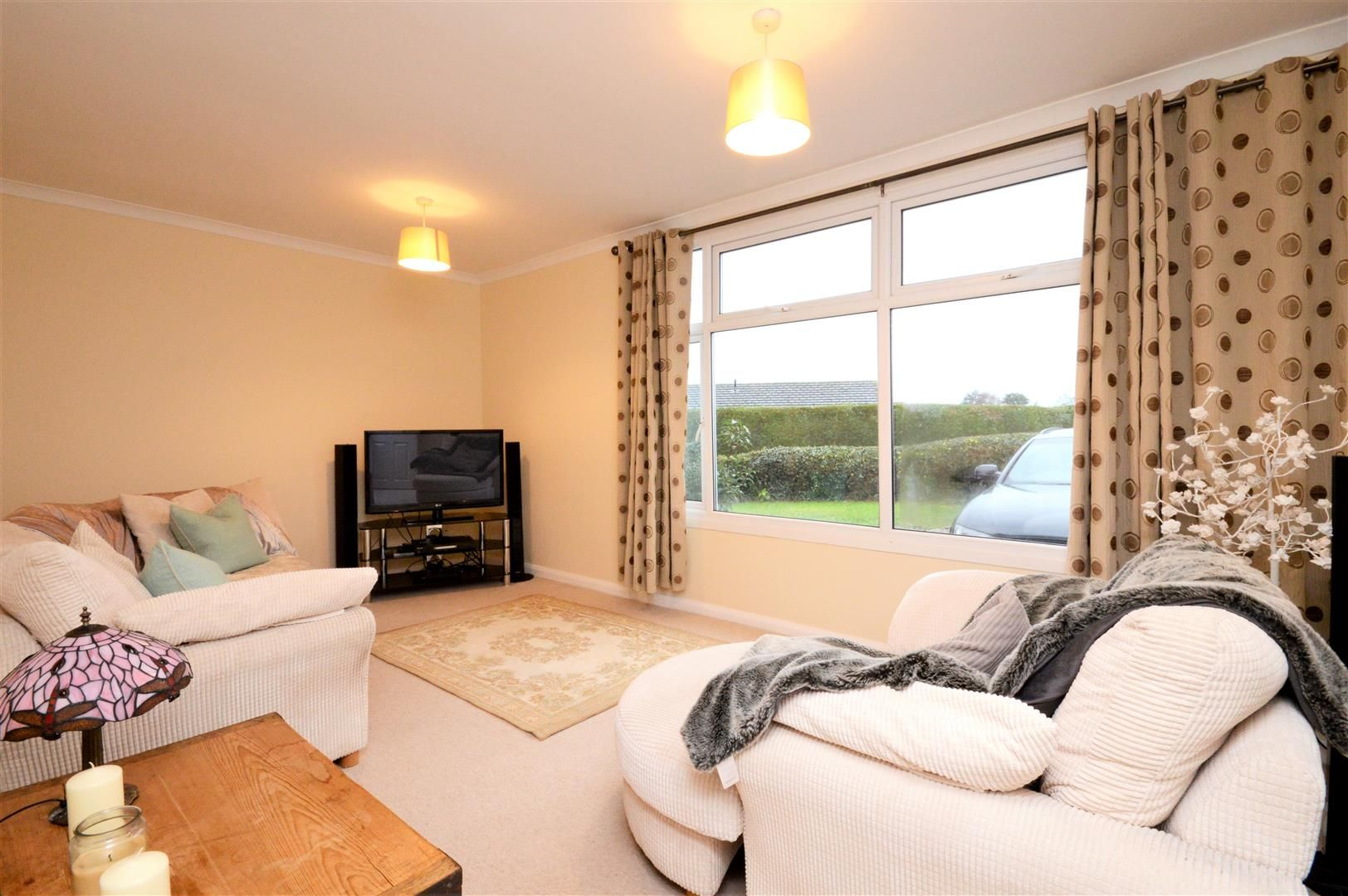 4 bed detached for sale in Marden 9
