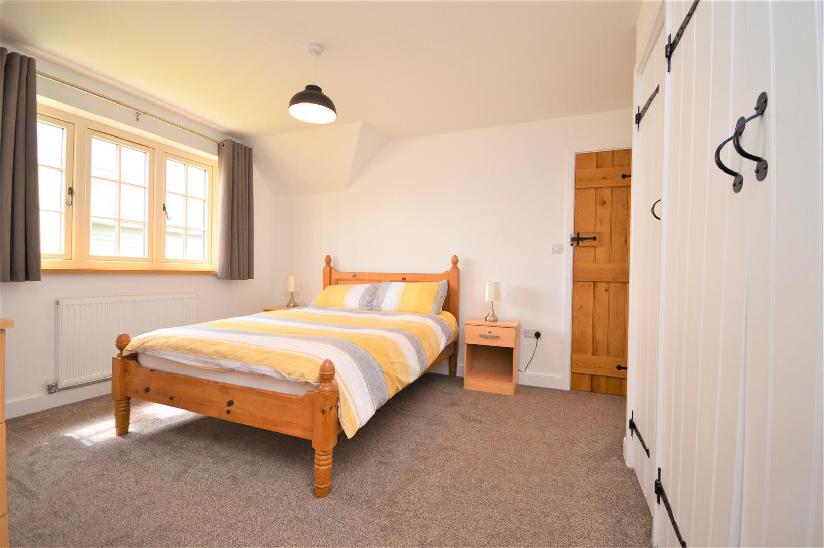 4 bed detached for sale in Marden 13