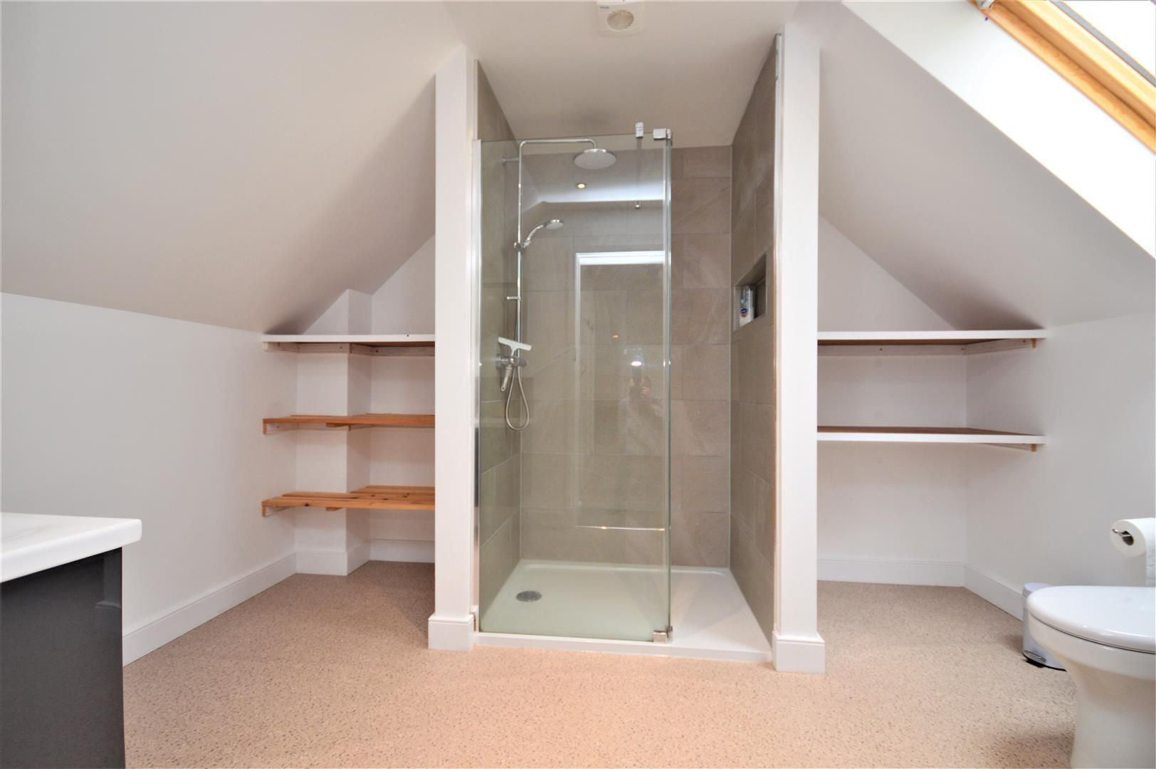 4 bed detached for sale in Marden 15