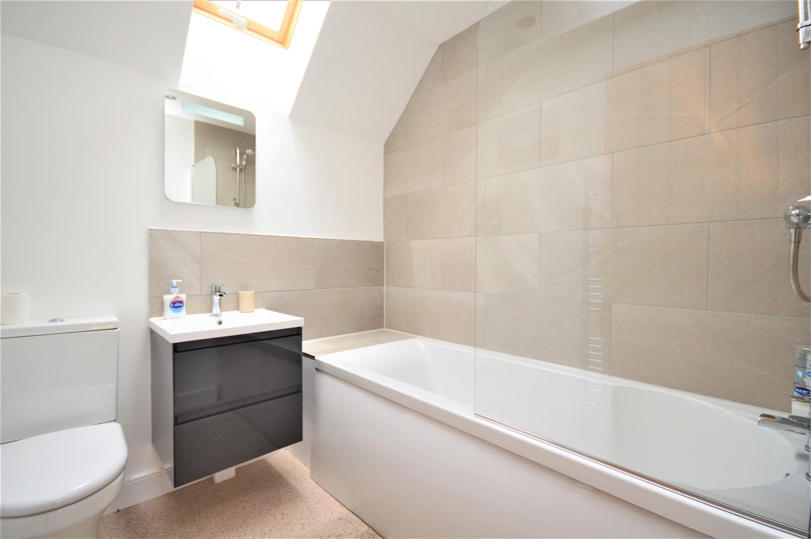 4 bed detached for sale in Marden 19