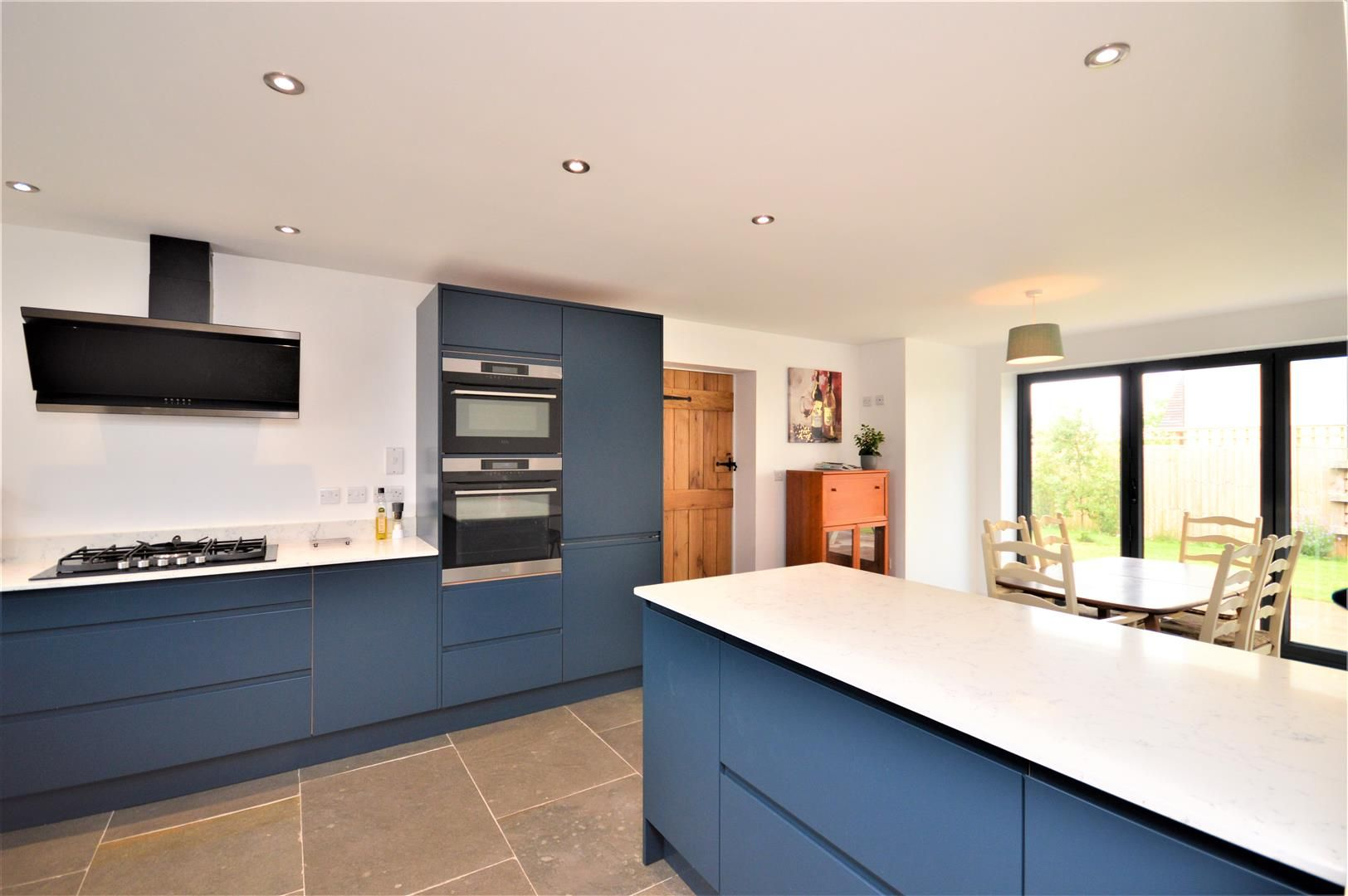 4 bed detached for sale in Marden 3