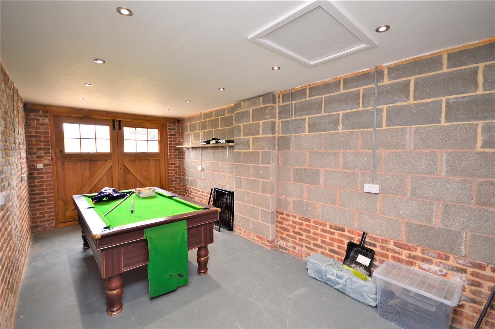 4 bed detached for sale in Marden 21