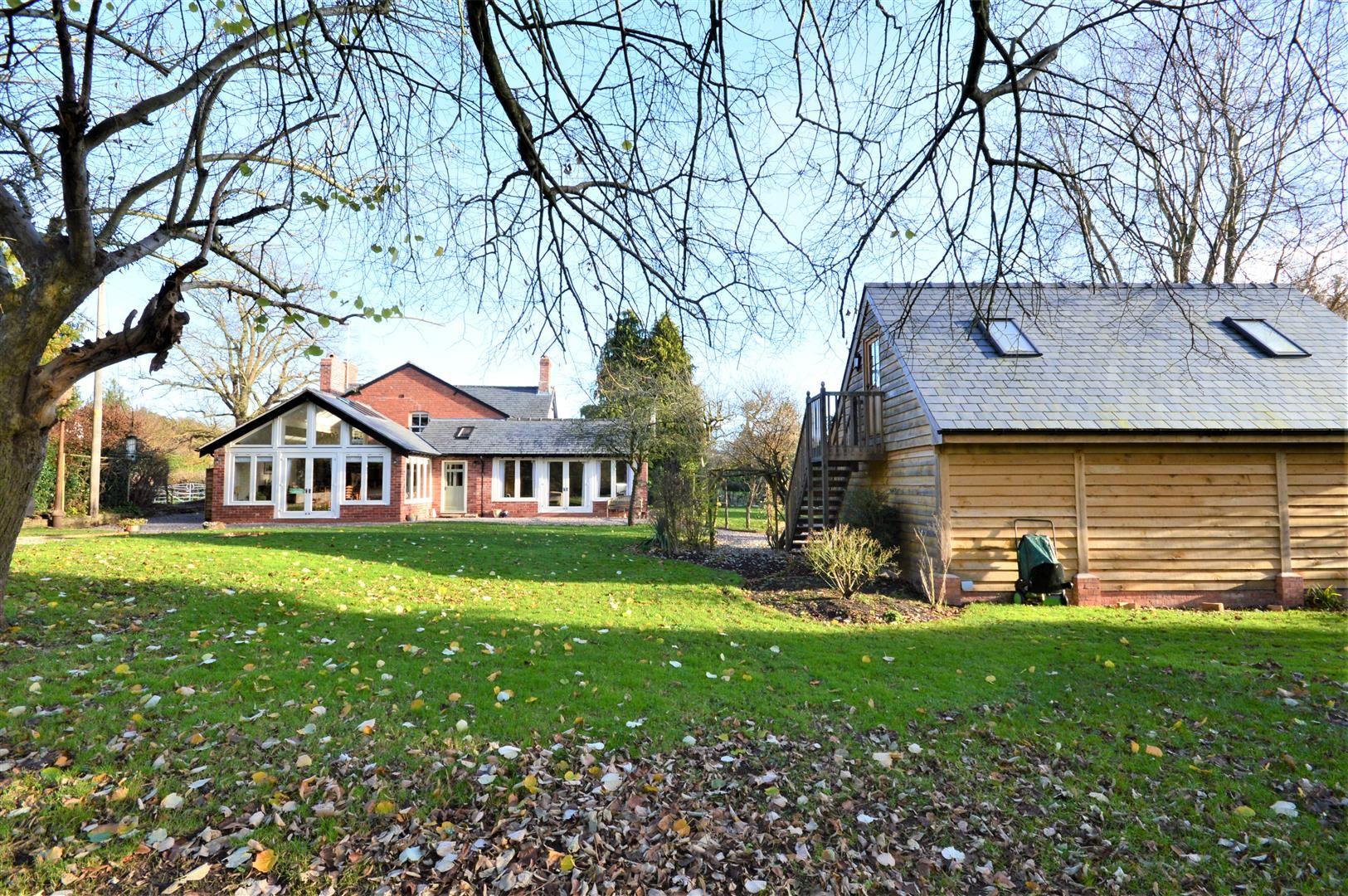 4 bed detached for sale in Bodenham, HR1