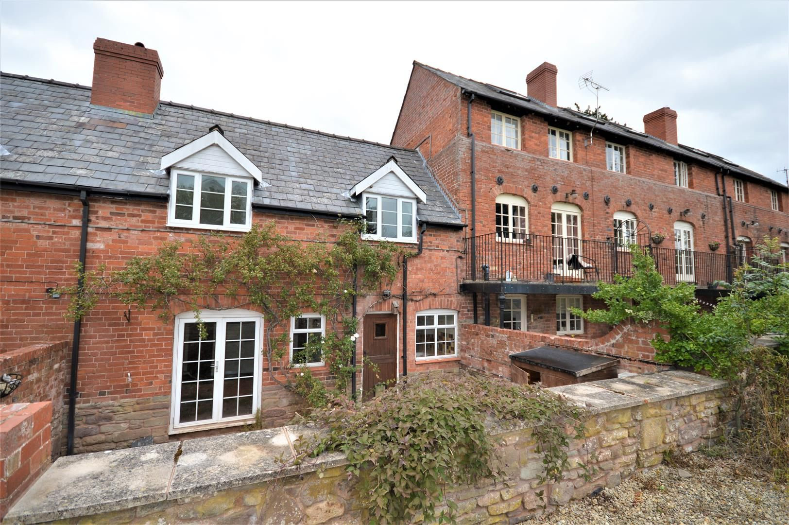 3 bed terraced to rent in Wellington 12