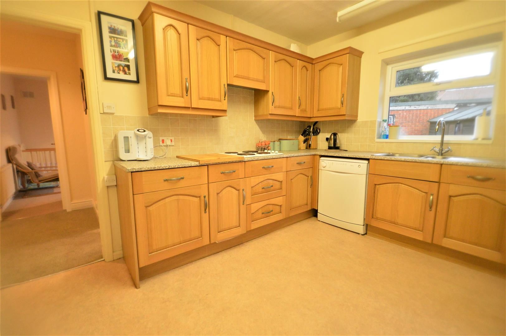 2 bed detached bungalow for sale in Weobley 2